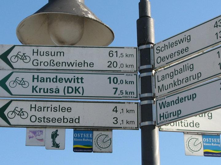Radreiseland Schleswig Holstein - Fahrrradwegweiser Flensbug